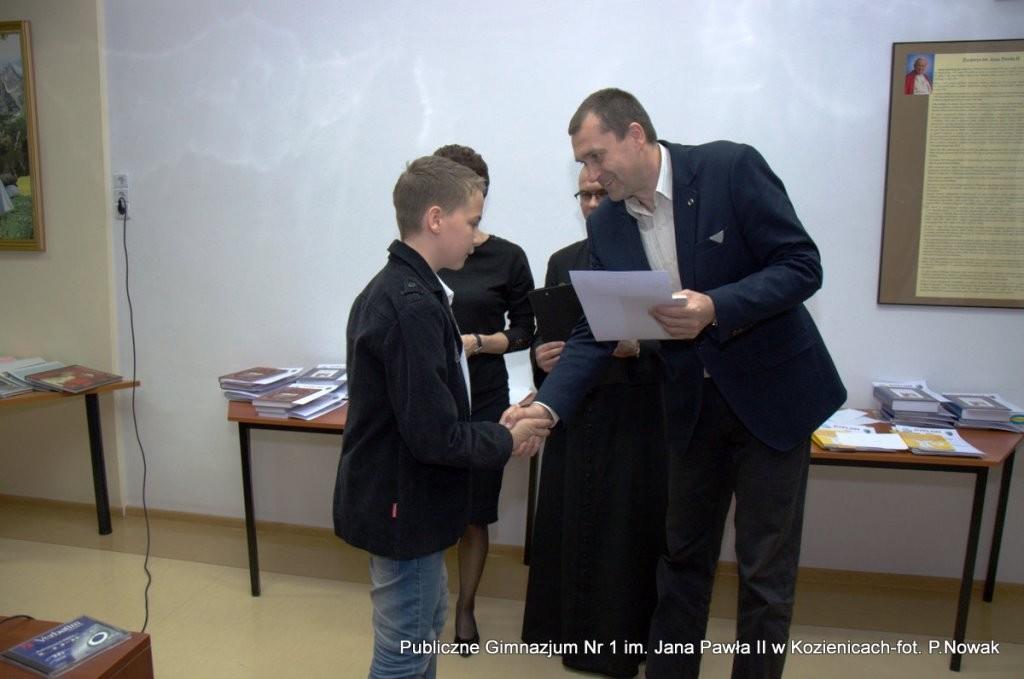 """Konkurs o św. Janie Pawle II """"Ubogaceni - Wdzięczni"""""""